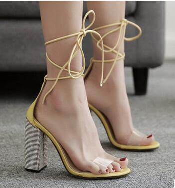 L'europe Les La chaussures Sexy jaune À Transparent Sandales États Strass Avec Haute Courroie Et Nouvelle Talons Noir Épais 2018 unis serpentine Hauts or wE06qndAEp