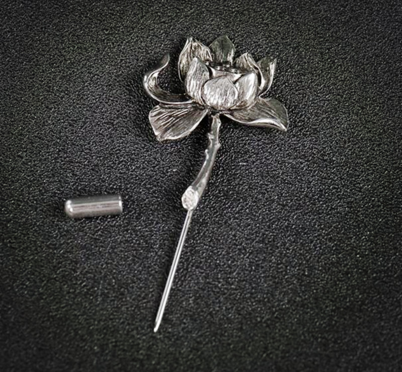 bovvsky beautiful Lotus brooch silver plated metal stereo flower brooch pin Hijab Pins For men women best friends gift