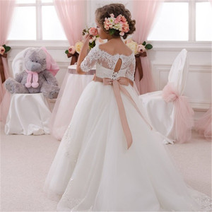 Image 2 - New Arrival Flower Girls Dresses High Quality Lace Appliques Beading Short Sleeve Ball Gowns Custom Holy First Communion