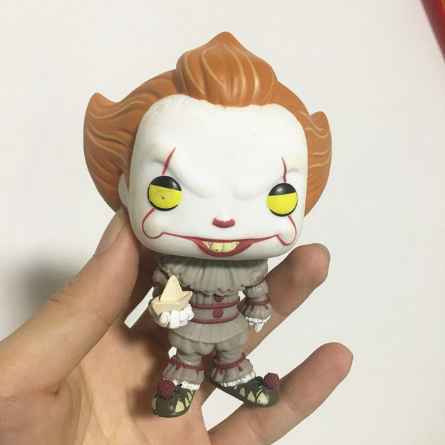 Exclusive Imperfect Secondhand Funko pop  Horror: IT Pennywise With Boat Vinyl Action Figure Collectible Model Loose Toy No Box