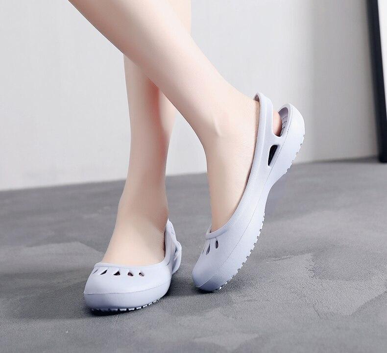 HTB109q1boT1gK0jSZFrq6ANCXXaB women Clogs Jelly Sandals Home Non-slip Summer Hole Shoes Female Flat slippers Plastic Female Girls Waterproof EVA Garden Shoes