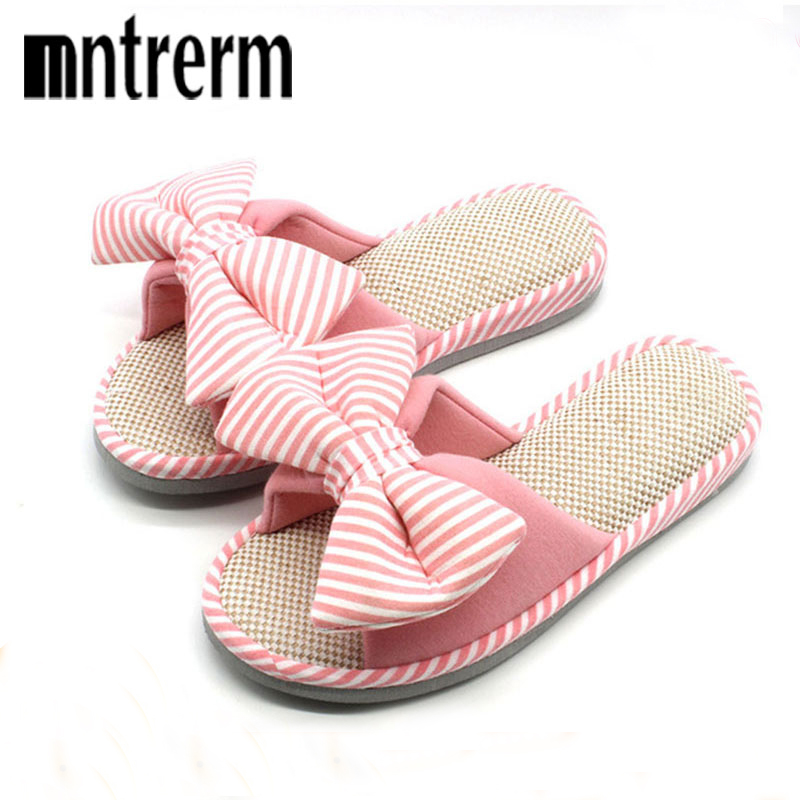 купить Mntrerm Hot Sale Spring And Autumn Bow House Slippers Women's Indoor Shoes Fashion Flax Home Slippers Lucy Refers To At Home по цене 541.94 рублей