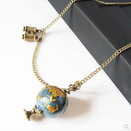 Min. order $10 . Free shipping! Wholesale Vintage street fashion Globe telescope model fashion women Necklace