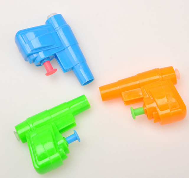 Freeship 24X cheap kids summer beach mini water gun squirts pistol toys party toys gifts loot bag pinata stock fillers prizes