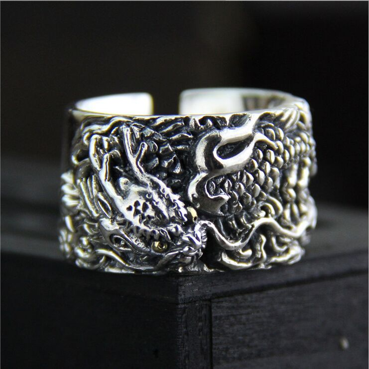 Retro personality exaggeration men 925 silver ring Thai silver carved dragon pattern wide version of the ring retro personality demons ghosts and demons men s 925 silver ring