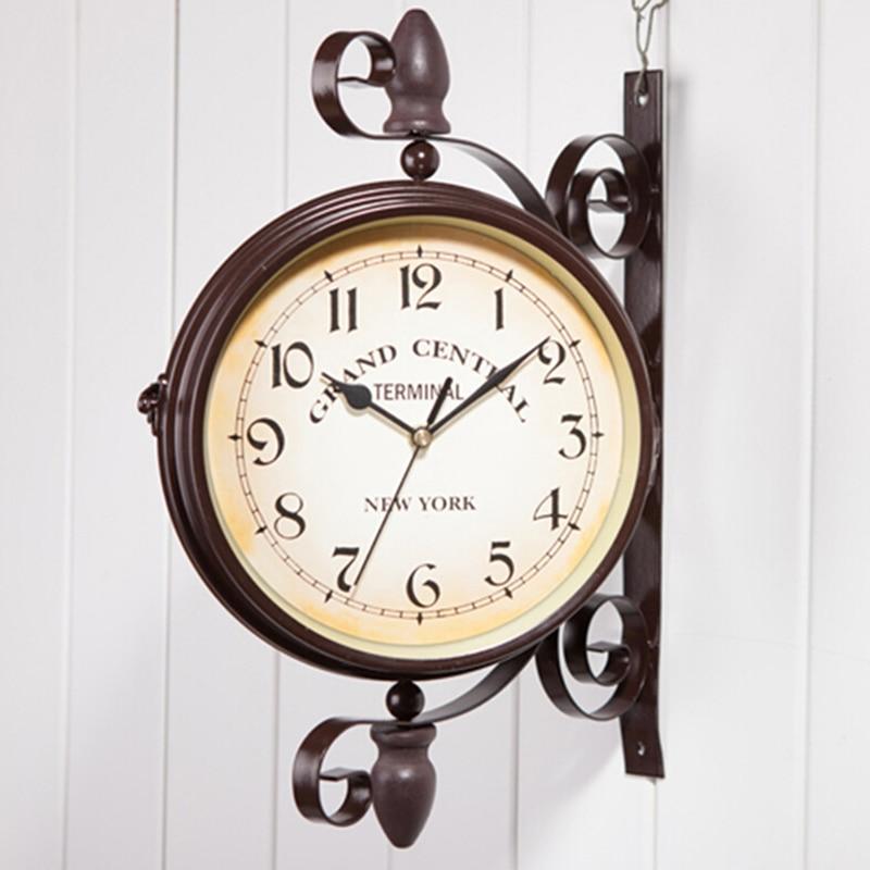 Vintage décoratif Double face métal horloge murale Style Antique Station horloge murale horloge murale 35 cm * 28 cm traditionnel