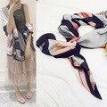 2016 Мода Люксовый Бренд Шелковый Шарф Женщины длинные теплый Шарф в полоску Отпечатано Одежда для Пляжа Пашмины Шали и Шарфы Мыс Femme