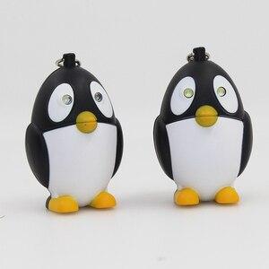 Светодиодный фонарик с мультяшным пингвином, брелок со звуком, дети рекламный подарок, игрушки, милый светодиодный брелок с пингвином, опто...
