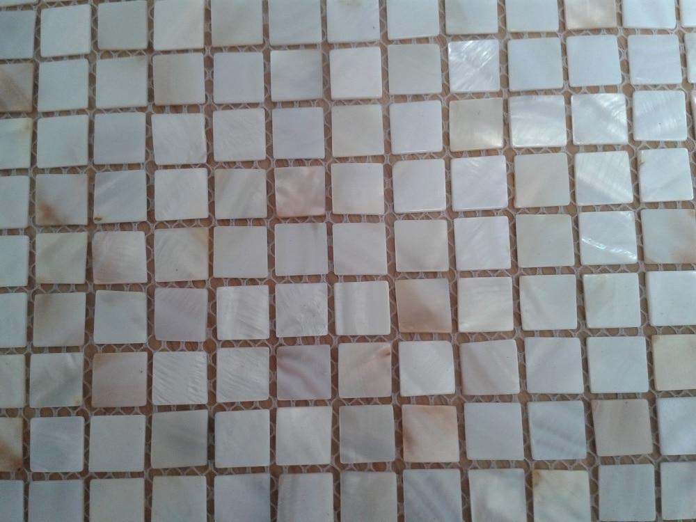 Hot sale   natural color  freshwater shell  mosaic  mesh backing  for backsplash hot sale cayler