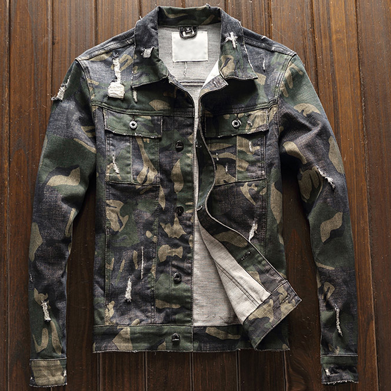 2018 European Style Camouflage Printed Mens Automotive Denim Jackets Hole Army Green Mens Jeans Coats Military Men Overcoat A228
