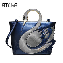 New Greative single personality Swan shape women Handbags strange girls Crossbody Bag Female High Quality Casual Totes genuine