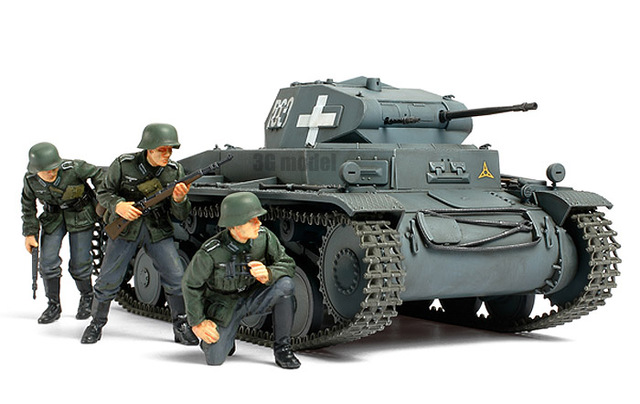 old plastic model kits with 32525965192 on Index together with Watch additionally Index additionally Index furthermore Index.