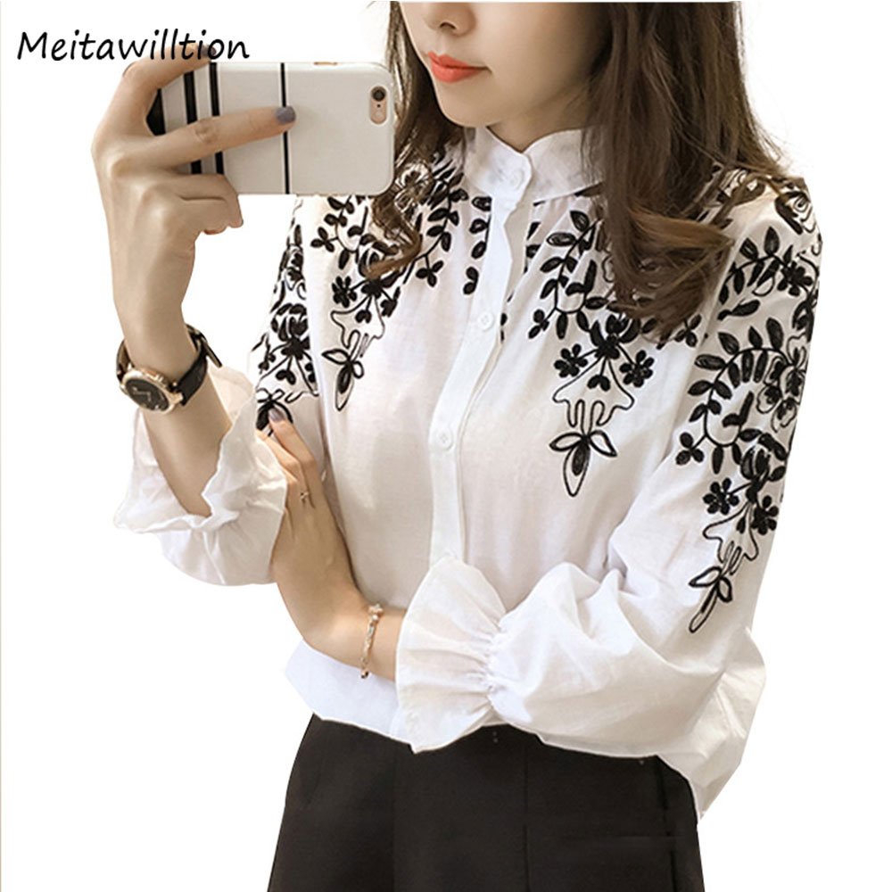 2018 Embrodiery   Blouse     Shirts   Cotton Linen Plus Size Tops 5XL Black White   Shirt   Embroidered Tops Autumn Fashion Female Clothing