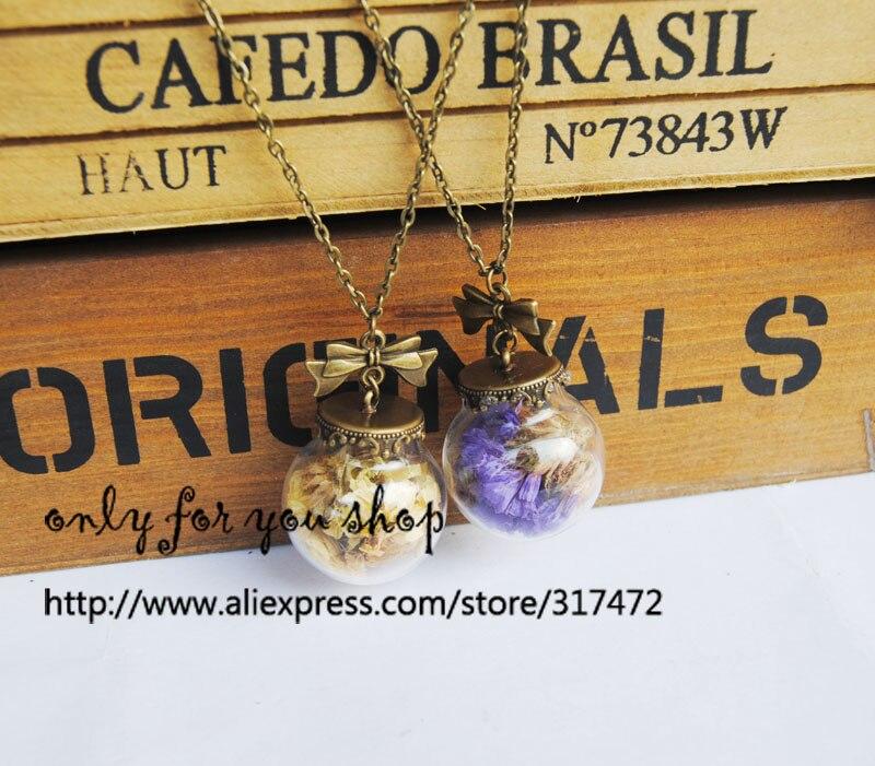 20pcs dry dont -forget-me flower Glass Vial Pendant Necklace Glass Bubble Globe antique bronze bowknot  necklace handmade