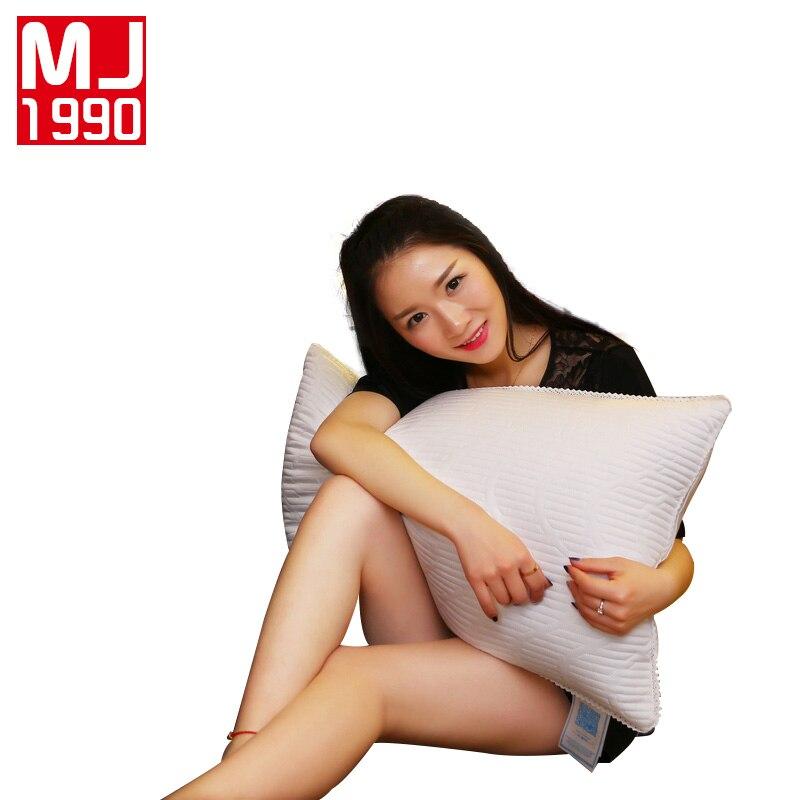 Oreiller en coton européen matelassé dentelle trois dimensions oreiller haut élastique cou confortable adulte oreiller cinq étoiles hôtel spécial