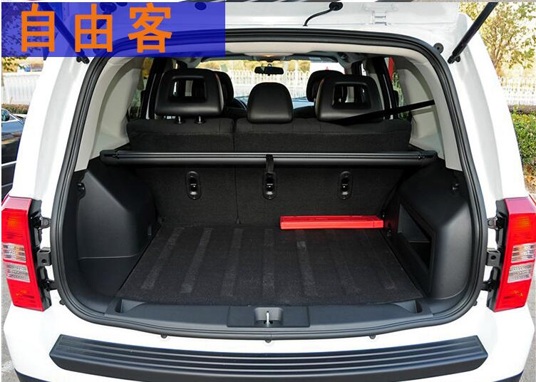 JIOYNG Car Rear Trunk Security Shield Shade Cargo Cover For Jeep Patriot 2011 2012 2013 2014 2015 2016 2017(Black beige)FREE EMS все цены