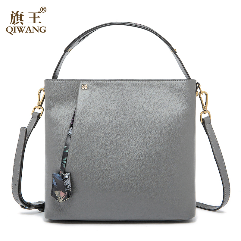 QIWANG Flower Pendant Handbags Elegant England Brand Design Fashion Women Brand Bag Cow Leather Tote Box Bag Purse Luxury 2017 qiwang china brand handmade leather bag luxury handbags famous brand tassel women bags made in china flower tote bag purse