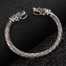 0096b2056b54 Adolescente de la cabeza de Lobo indio accesorios de moda de la joyería  Viking pulsera hombres pulsera pulseras de brazalete par.