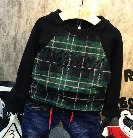 2016 Winter and autumn children new boys and girls plus velvet thicker warm pullover plaid sweater letter children's shirt