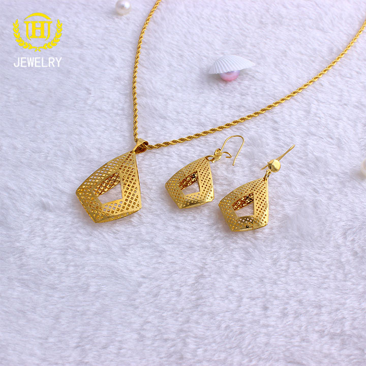 Fansheng Hollow gold Color stainless steel Vintage set necklace earrings african bridal jewelry sets accessories woman