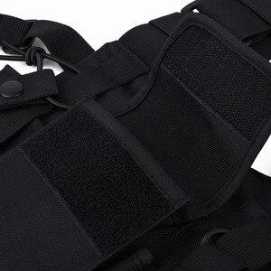 Image 2 - Bolsa de pecho Universal Radio funda de transporte para Walkie Talkie pecho bolsillo Negro Mochila para Radio Comunicador para Radios dobles