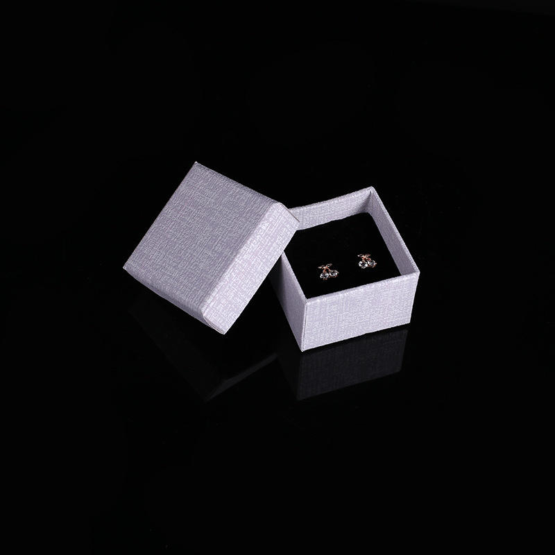 20 Pcs/Lot 5x5x3.5 cm Candy Color Kraft Paper Craft Boxes Ring Gift Packaging Box Favour Vintage Cases Drop Shipping