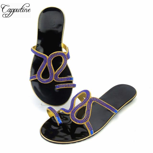 Capputine 2017 Nuove Donne Africane Pantofole Strass Estate Scarpe Moda  Tacchi Bassi Scarpe Casual Spedizione Gratuita eec60f73066