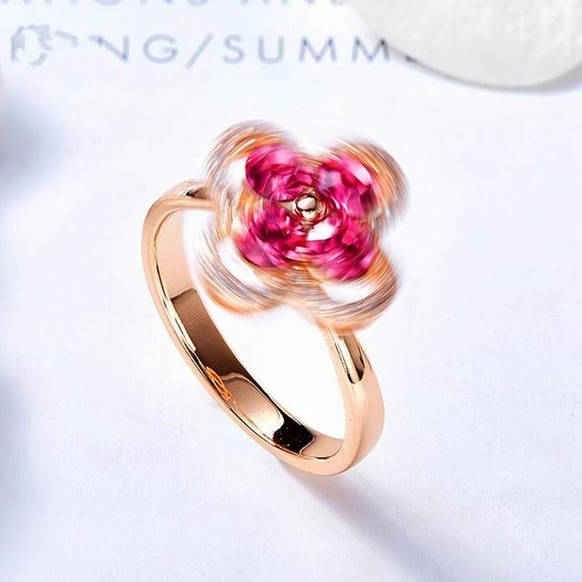 Otáčajúci sa prsteň RUŽOVÝ ŠTVORLÍSTOK Swarovski kryštál Rotating PINK Ring