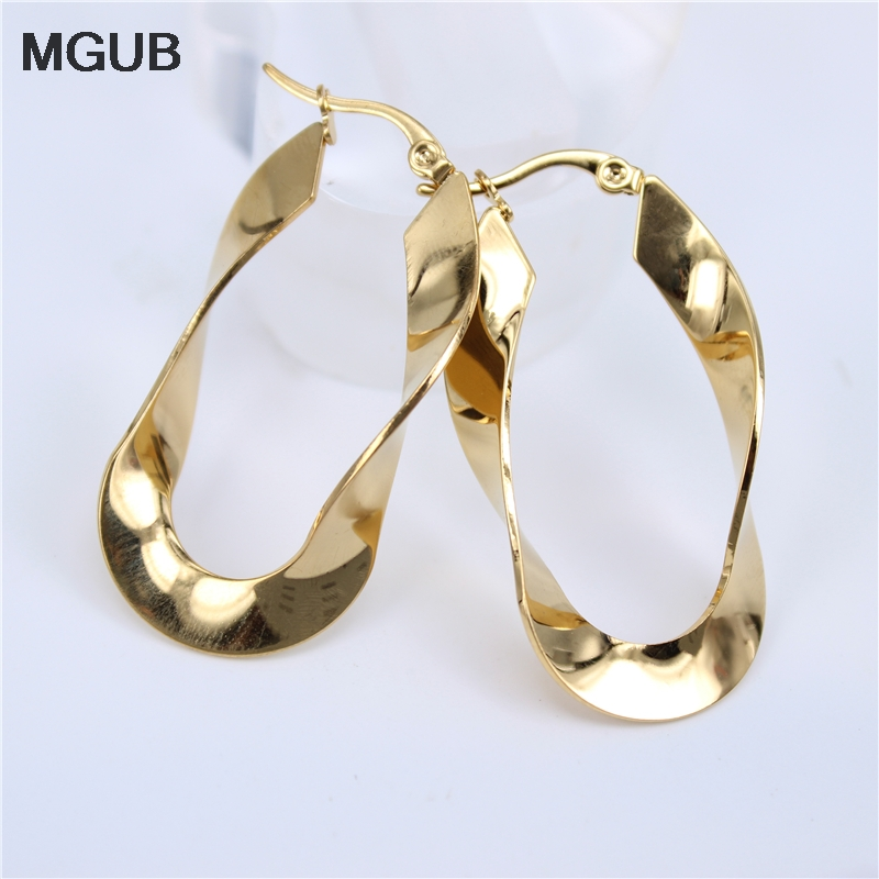 MGUB Smooth New Trendy 3 Colors Twisted Big Earrings Wholesale Jewelry Round Large Size Hoop Earrings Women  LH14