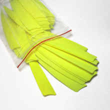 200Pcs /Lot 4 inch Shield Shaped Fluorescent Yellow Turkey's Feathers Outdoor Shooting Game Accessories With High Quality F-111