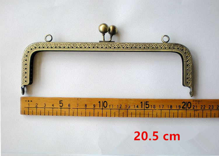21ea9df607 ... Wholesale Vintage Metal Golden Antique Bronze Purse Frame Sewing Handle  DIY Clutch Coin Purse Kiss Clasps
