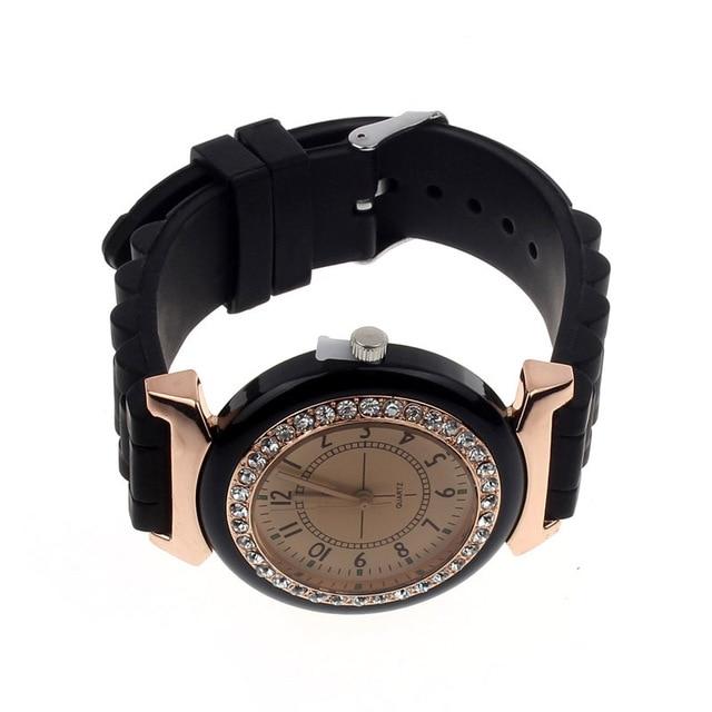Classic Rhinestone Women Watch Geneva Rubber Watches Vintage Lady Dress Wristwatch Gel Crystal Silicone Jelly Watch Relogio