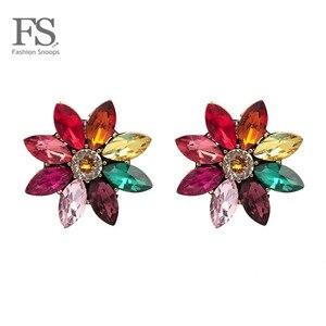 FASHIONSNOOPS nowe kolorowe luksusowe kolczyki kryształowy kwiat stadniny kolczyki dla urok kobiety ślub błyszcząca biżuteria