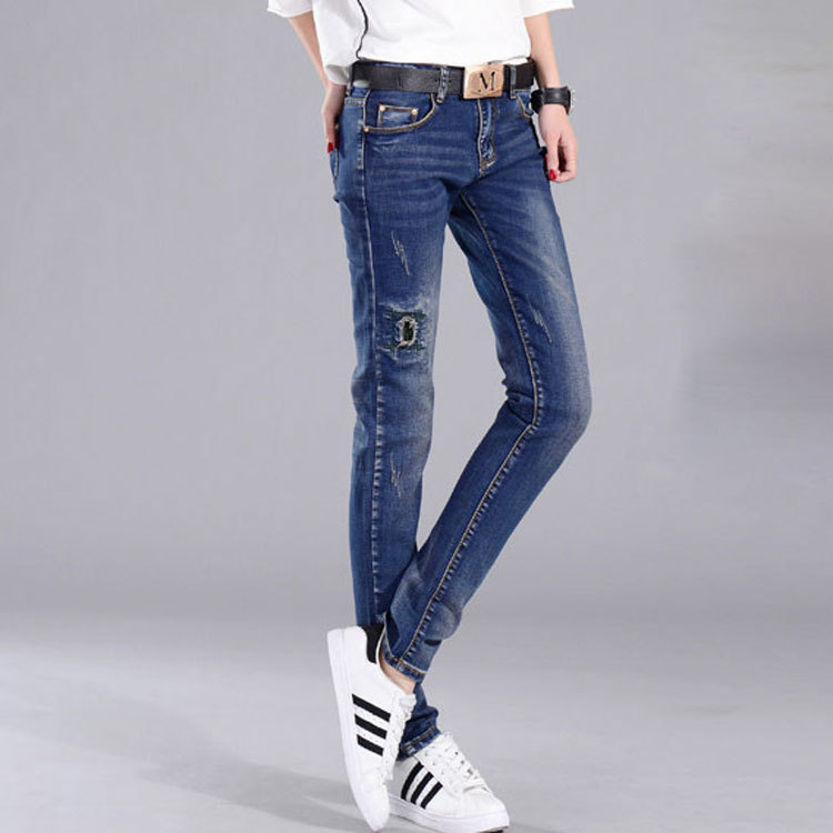 The new spring and summer 2016 fashion jeans female slim hole embroidered denim trousers