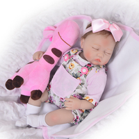 KEIUMI 17 Inch Close Eyes Soft Silicone Reborn Baby Dolls Lifelike Asleep Newborn Babies Doll With Giraffe Partner Baby Girl Toy