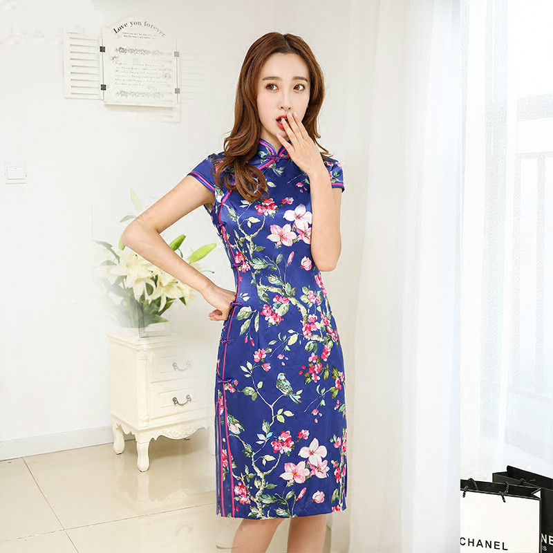 The High Quality Knee Length Cheongsam Silk Printing Flowers Short Daily Restoring Low Split the Chinese Dress