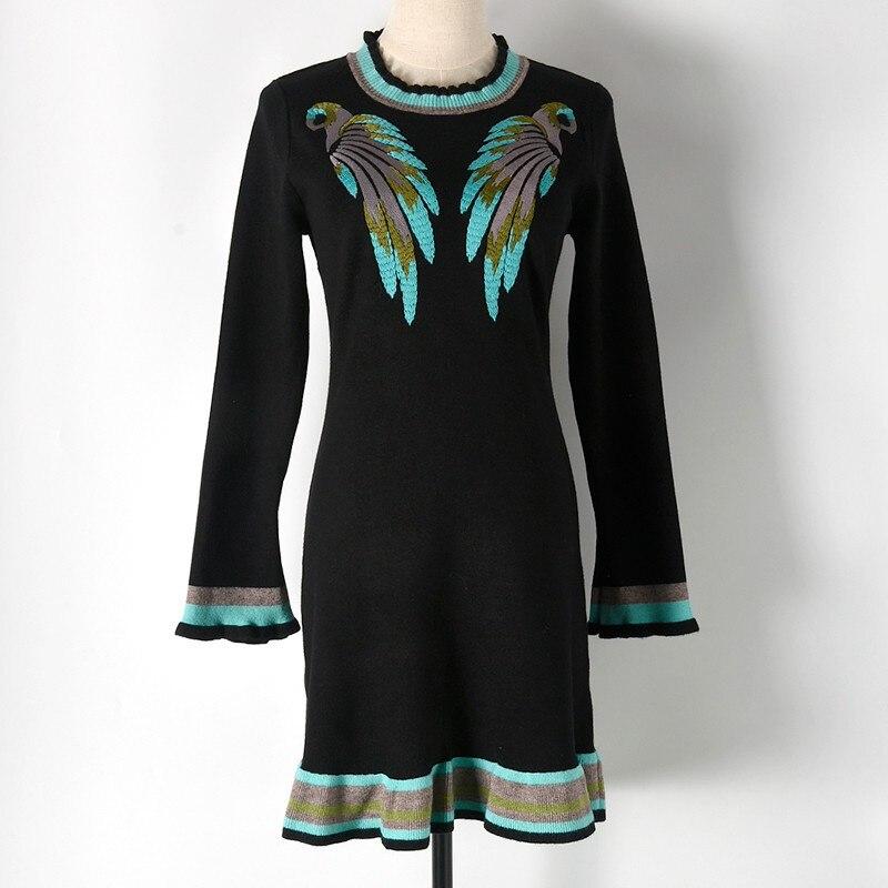 Europe fashion 2017 autumn winter women animal embroidery ruffled knitted long sleeve sweater dress slim black/white europe s long twelfth century