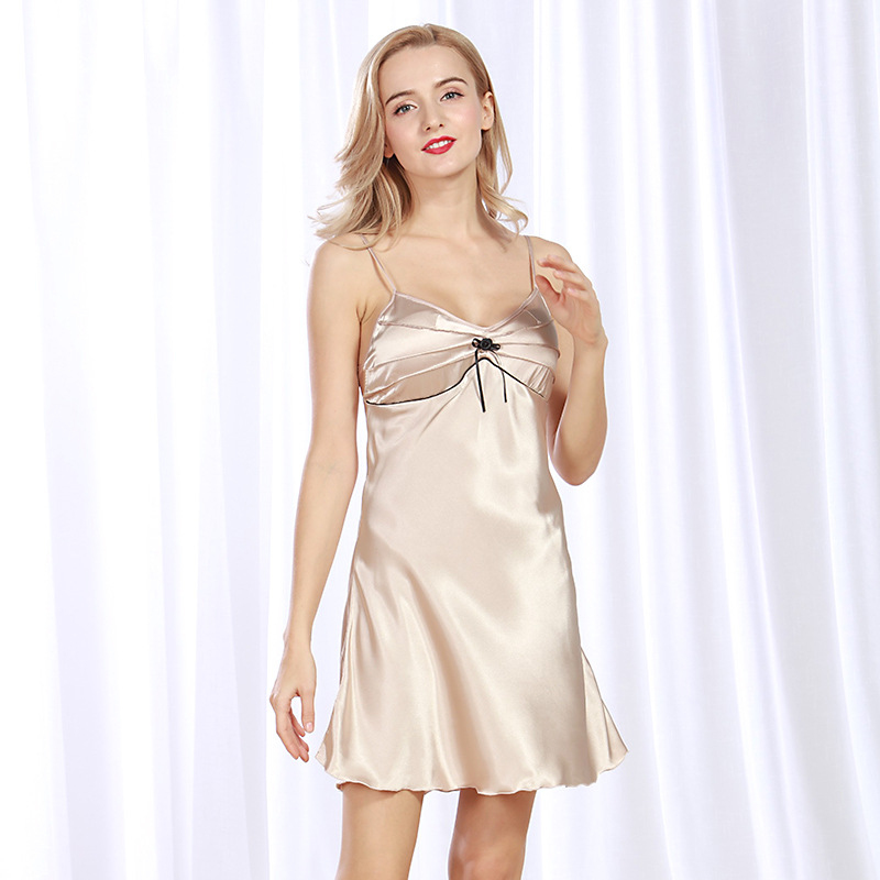 NG0187 Summer Sleepwear Lady Sexy Lingerie Nightie Deep V Neck Spaghetti Strap Nightdress Satin Silk Female   Nightgown     Sleepshirt