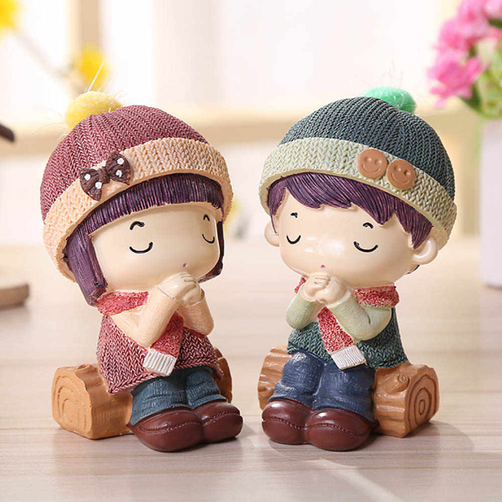 2pcs/set Creative Couple Doll Resin Figurines Cute Lovers Resin Figurines Ornaments Home Decorations Wedding Crafts Gift