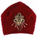 2016 Da Mulher Da Forma Da Jóia do Metal Tampas Gorros Gorros de Inverno Quente Knit Beanie Crochet Headwrap Turbante Floral Macio Mulheres Cap M064