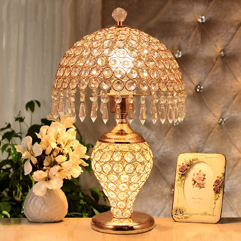Fashion crystal table lamps for bedroom luxury crystal table lamp brief modern american K9 luxury crystal decoration lamp T804# modern brief fashion ofhead lamps table lamp