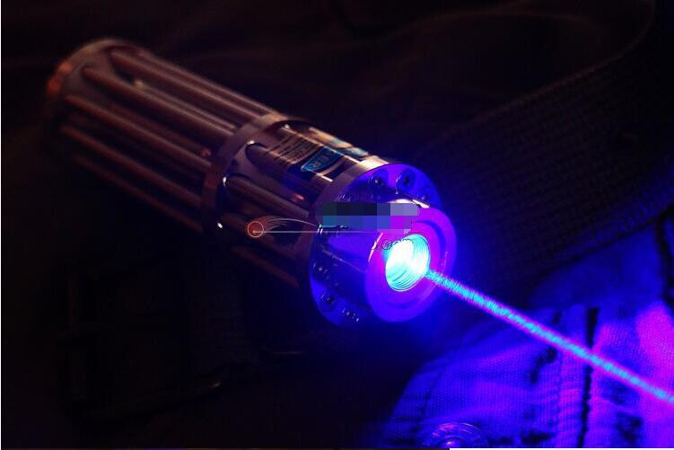 HOT! Alta Potência 200 w 2000000 m Ponteiros Laser Azul 450nm Lazer Lanterna Fósforo Aceso/Queimar charutos luz/vela /preto Caça
