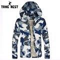 Tangnest hombres camuflaje chaqueta popular de 2017 hombre protector solar capa ocasional de moda cómoda y de alta calidad vendedora caliente mww170