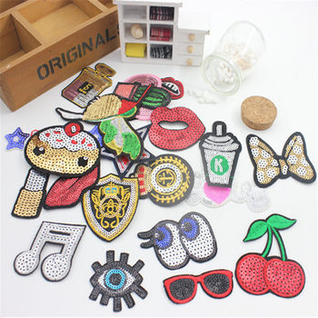 1pc Embroidered Wire Embroidered Cloth Patch Decoration Brand Patch POP DIY Patch Theme Paste Heart Lipstick image
