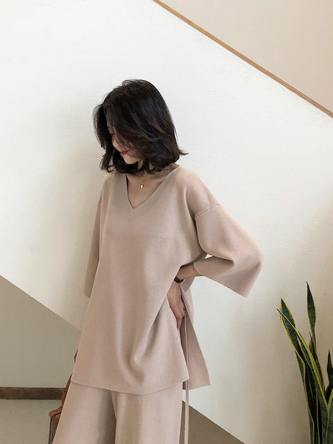Knitting Female Sweater Pantsuit For Women Two Piece Set Knitted Pullover V-neck Long Sleeve Bandage Top Wide Leg Pants  Suit 2