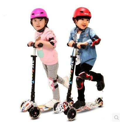 Z08 새로운 도착 21st 스쿠터 플래시 휠 어린이 3-12 년 야외 완구 아기 세발 자전거 네 바퀴 아이 자전거 슬라이드 타기 장난감