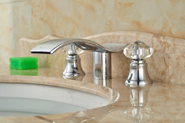Elegante forma waterfal rubinetto del bagno cromo doppio cristallo