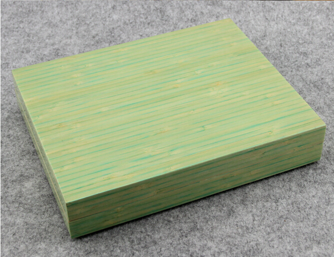 Simple Elegant Cigar Humidor Cedar Wood With Humidifier Hygrometer Piano Paint Natural Color Light Green Free Shipping