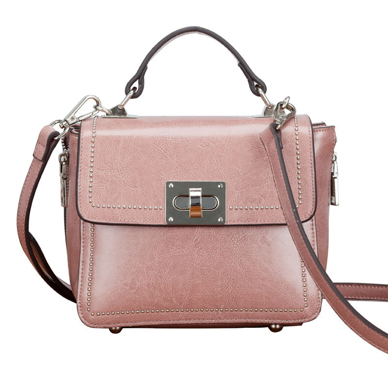 The latest Fashion Leather Woman Handbag 2017 Small Bag Buckle Rivet Tide Portable Single Shoulder Bag Xiekua Package