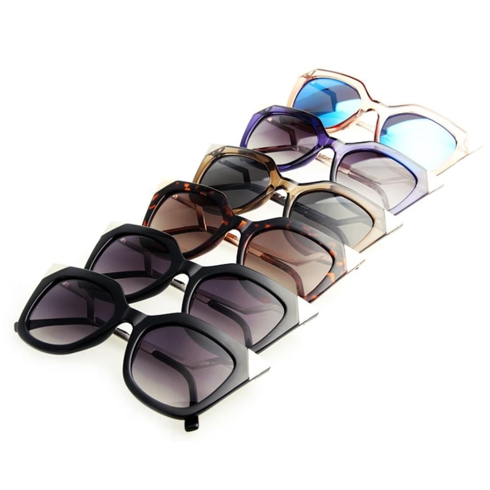 c47ec2fd75 Aevogue marca Gato ojo doblar templo Gafas de sol mujeres buena calidad Sol  Gafas rhinestone decoración oculos UV400 ae0203 en Gafas de sol de  Accesorios de ...